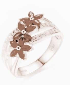 金戒指 两个 梦见/梦见捡两个金戒指