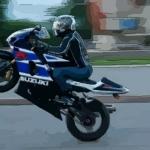 夢到騎著別人摩托車