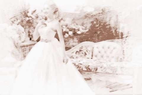 梦见自己结婚没穿婚纱_梦见自己穿婚纱戴钻戒