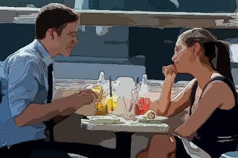 易道风水命理:女人上嘴唇短的面相好不好