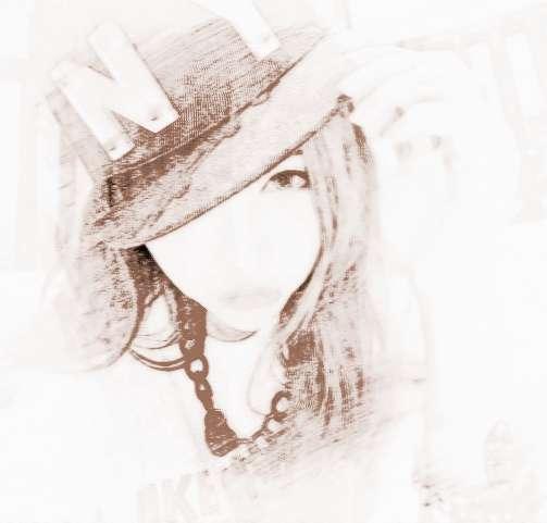 qq女生唯美网名   女生唯美的四个字qq网名   葬你眉目   思念渐浓   竹隐寒烟   千城墨白   为爱停留乄   断桥残雪   回忆绵长   静守己心   安于现状°   [ 念你成性 ]   卡布奇诺°   青墨断笺   一曲横笛   暮光薄凉   剪烛西窗   安与本命   浅色夏沫   静若安好   深拥孤独   拥之则安   一缕牵挂   孤其一身   浅笑静听   借风拥你   挽你眉间   孤孤单单      QQ网名女生唯美伤感   文字很轻思念很重