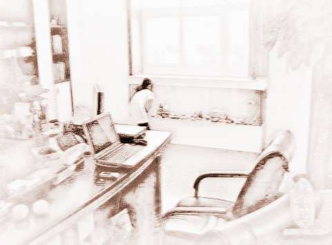 (13)办公室风水座位正上方不能有大梁或吊灯